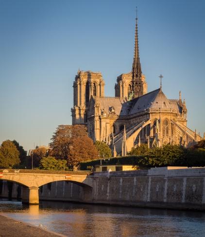 Cathédrale_Notre_Dame,_Paris_30_September_2015
