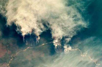 ISS029-E-008032_Fires_along_the_Rio_Xingu_-_Brazil