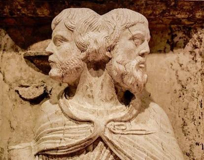 759px-Maestro_dei_Mesi,_Ianus_-_January,_detail,_Museo_della_Cattedrale (1)